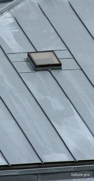 Fen tre de toit les solutions et les prix 2019 - Fenetre de toit fixe prix ...