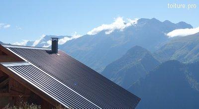 La double toiture froide ventilée est fortement préconisée en altitude.