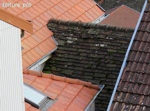La réfection de toitures mitoyennes peut s'avérer complexe.